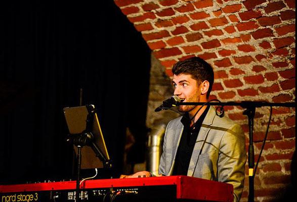 Pianist Johannes Schweiger im Rathauskeller Pöchlarn | Foto: Franz Staufer