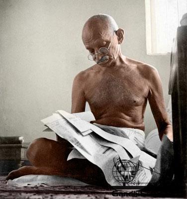 74 - Mahatma Gandhi (Ghandi) - Copyright: GandhiServe India - www.gandhiserveindia.org