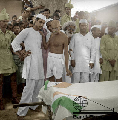 91 - Mahatma Gandhi (Ghandi) - Copyright: GandhiServe India - www.gandhiserveindia.org