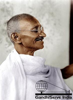 18 - Mahatma Gandhi (Ghandi) - Copyright: GandhiServe India - www.gandhiserveindia.org
