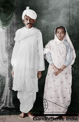 10 - Mahatma Gandhi (Ghandi) - Copyright: GandhiServe India - www.gandhiserveindia.org