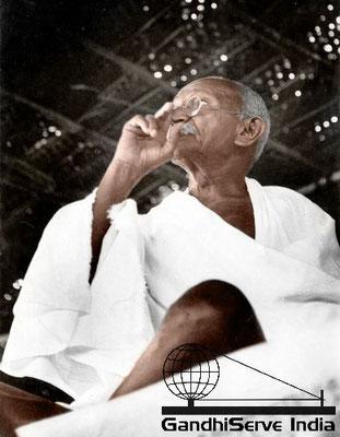 Mahatma Gandhi in colour/color - Copyright: GandhiServe India - www.gandhiserveindia.org - Ghandi