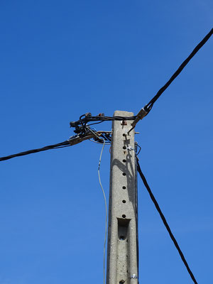 es ist vollbracht ... die Enden sind verbunden ... der Strom fließt!