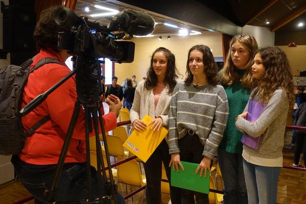 Chloé, Caroline, Antonine et Inès interviewées par France 3 !!