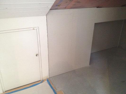 Dachzimmer-Umbau mit Zunahme des Schlupf's IN ARBEIT