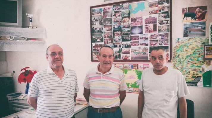 Facón Asociación de mayores en Parrillas