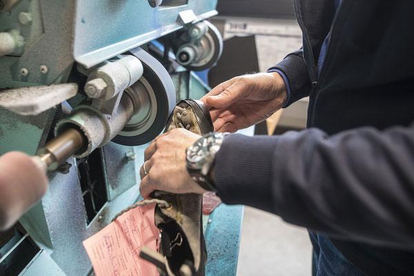 Schuhreparatur bei Peter Schulz Orthopädieschuhtechnikermeister - 8