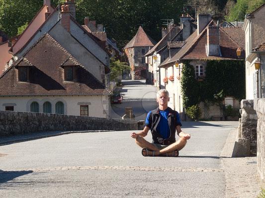 28.09.   sur un pont à Moutier-d'Ahun-de-la-Creuse