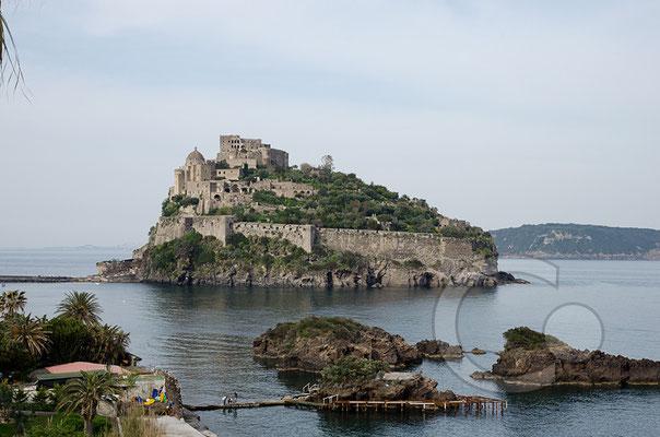 130424_RAW2355 Blick auf das Castello Aragonese