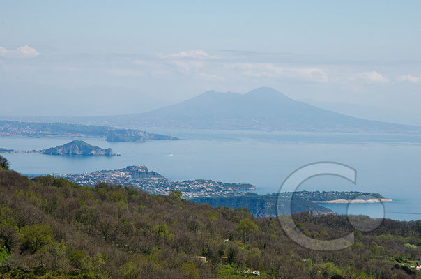 130423_RAW2225 Gipfelblick zum Vesuv
