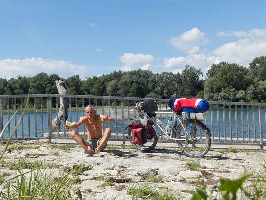 11.08.   am Rhein bei Rheinhausen