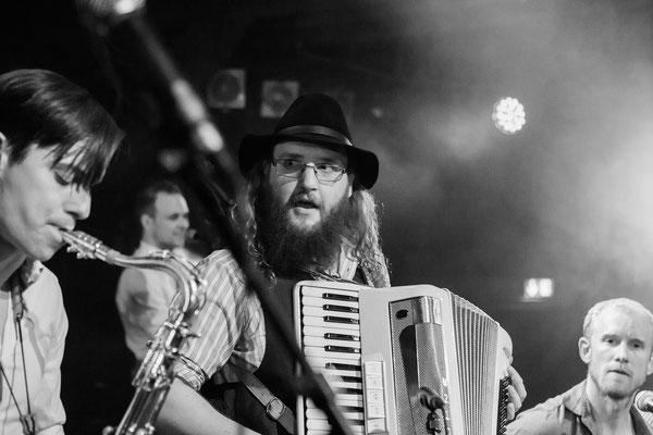 Feature: Schnuck - Gadjo Radio Release, Fabrik - Foto: Mathias Hainke