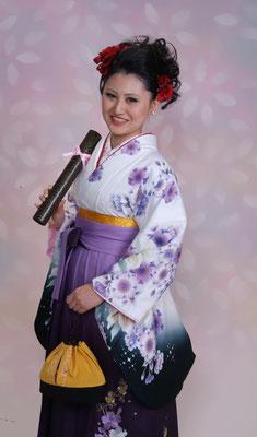 卒業袴のレンタル・記念撮影なら岐阜・美濃加茂のブライダルサカエへ