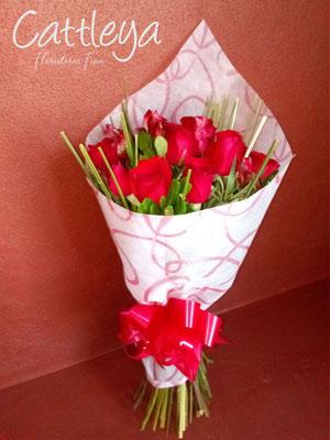 RR#03  $580.-  [12 rosas color]