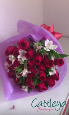 RR#14 $1080.- [24 rosas color]