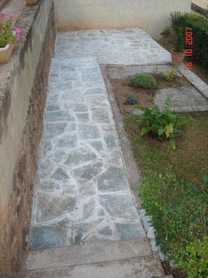 Dallage en pierre au Monastère(12)