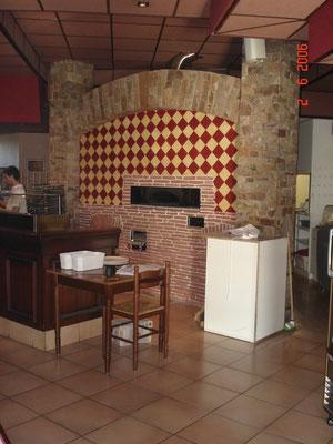 Four d'une pizzeria de Rodez