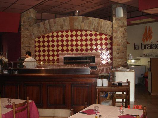 Four habillé dans un restaurant de Rodez