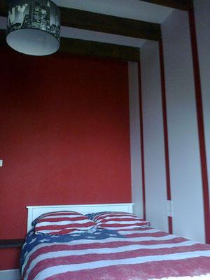 Peinture d'une chambre mensardée à Baraqueville(Aveyron 12)