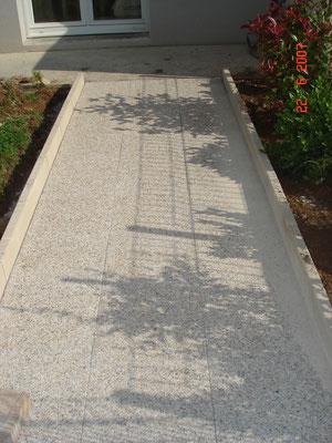 Bordures et dalles en gravillons lavés à La Primaube(12)