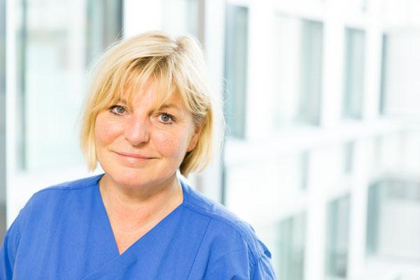 Ulrike Attmer-Schwigon, Fachkinderkrankenschwester