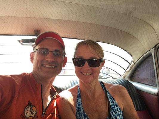 Nous prenons un taxi pour Playa Ancon