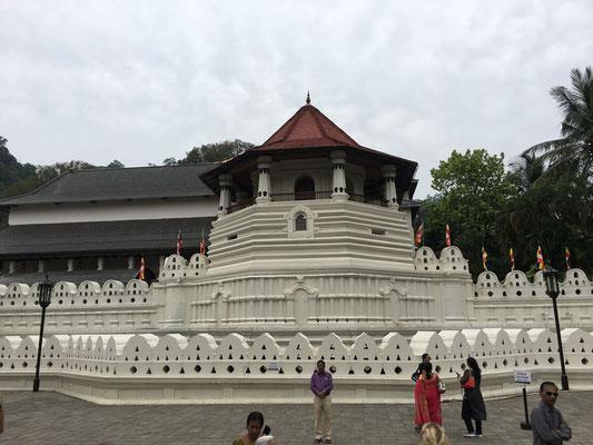Le Temple de la Dent Sacrée à Kandy