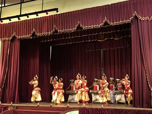Spectacle de danses folkloriques à Kandy