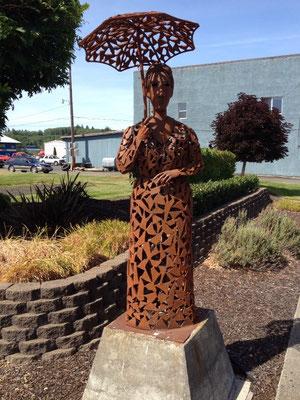 Sculptures en fer dans la ville de Raymond
