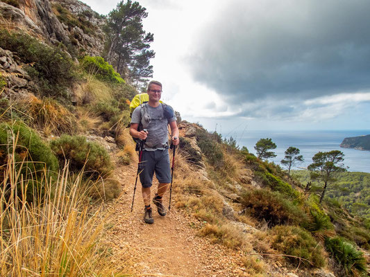 Mehrtagestrekking auf dem GR 221 auf Mallorca - Etappe 2 der Wanderung von Sant Elm nach Ses Fontanelles