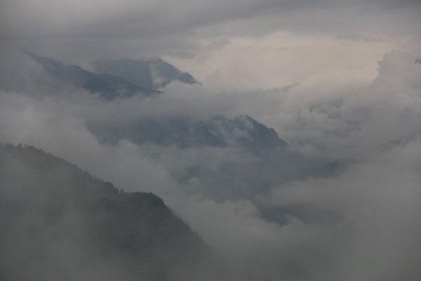 Nachmittagswanderung - Wolken ziehen vorbei...