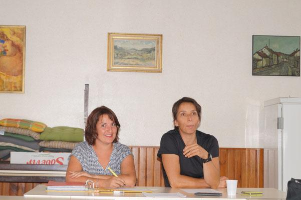 de gauche à droite : Isabelle Breton, secrétaire-trésorière et Adeline Levillain, présidente jusqu'au 2 septembre 2016.