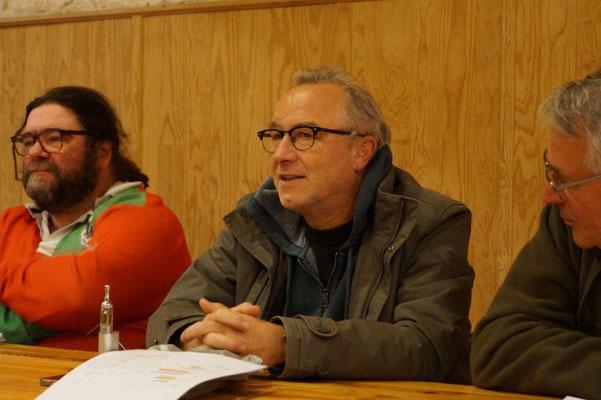 Au centre, Eric Rondeaux, référent littéraire, a présenté le pitch du spectacle 2017.