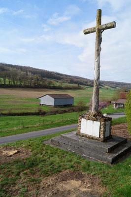 La ferme de la Verdure, située en contrebas, a servi d'infirmerie lors des combats de la Grande Guerre.