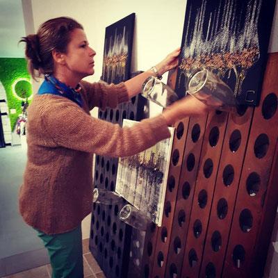 Caroline Brun expose 18 toiles et 4 douves dans la galerie-musée Champagne Météyer.