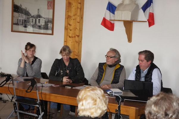 De gauche à droite : Adélaïde Fagot, Laurence Lefèvre, Emmanuel Fandre et Aymeri de Rochefort.