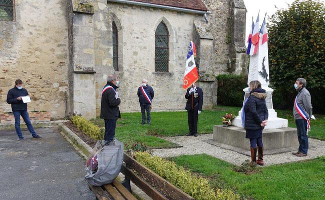 Les noms des vingt militaires morts pour la France depuis novembre 2019 ont été cités.