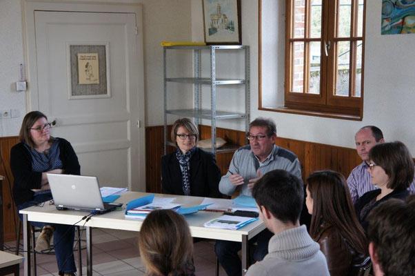 De gauche à droite : Laurence Denis, Nelly Triconnet (USESA), Thierry Chappat et Benoît Rozay (Agence de l'eau Seine-Normandie.