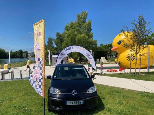 Une Wolkswagen UP sera offerte au vainqueur de la Duck Race de Château-Thierry.