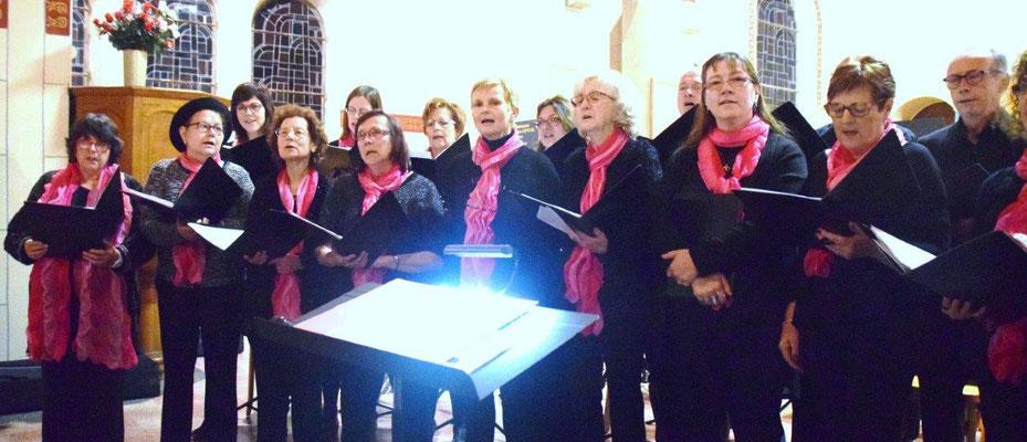 """Ecole intercommunale de musique de Crézancy-Jaulgonne : la chorale """"Sans façon""""."""