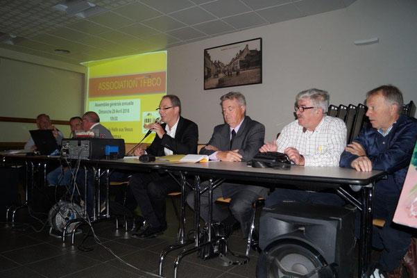 De gauche à droite : Patrick Bryard, Daniel Anger, Didier Nicolas, Yves Coquel, Dominique Platel, Alain Herblot et Jean-Pierre Hache.