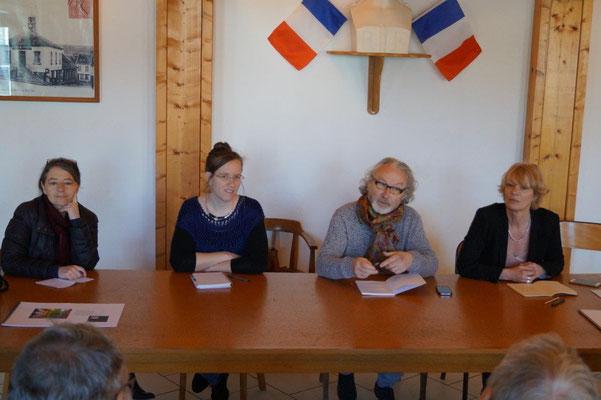 de gauche à droite : Valérie Gadon, Adélaïde Fagot, Emmanuel Fandre et Laurence Lefèvre.