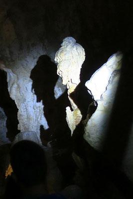 La strega nella Grotta di Frasassi