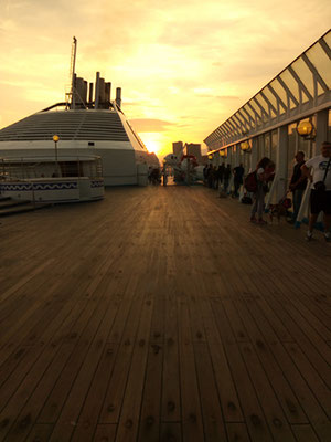 Al porto di Genova...tramonto