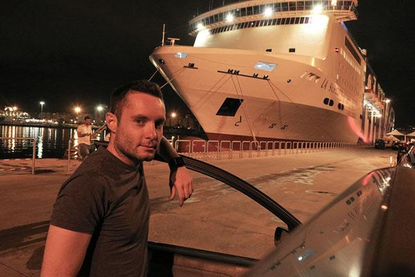 Stanco fes...ma soddifatto al porto di Palermo