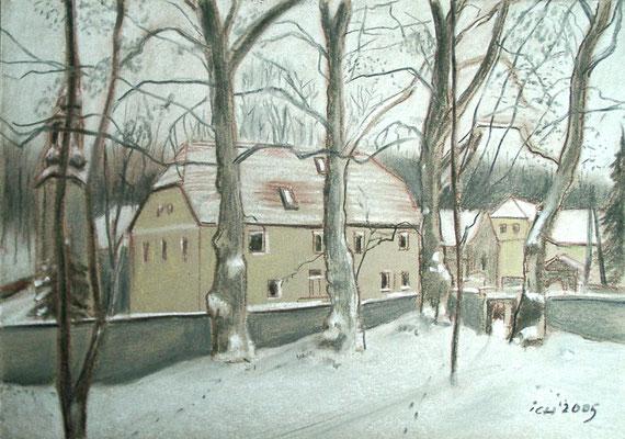 Mühle, vom Park aus gesehen, 2005, 42 x 30 cm, Kreide, Kohle auf Karton