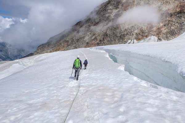 Passing by huge crevasses