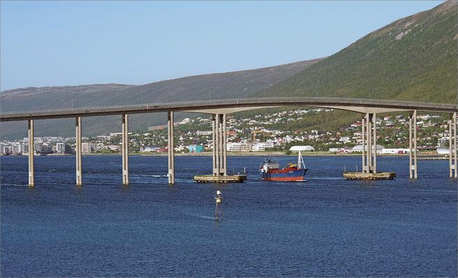 Norwegen Tromsø Tromsø-Brücke (2015)