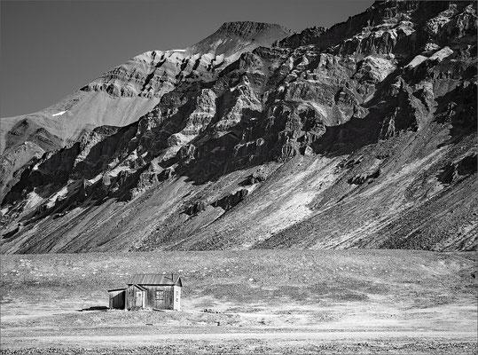 Spitzbergen Bellsund Vårsolbukta Camp Bell