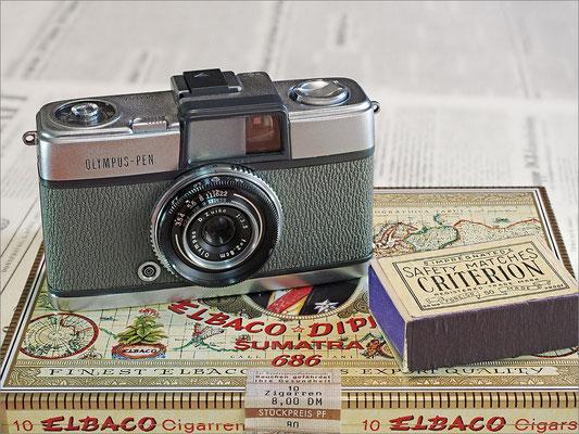 OLYMPUS - PEN 1959